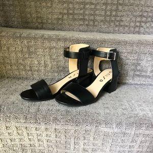 UNISA Emale Sandal Ladies 10 black leather